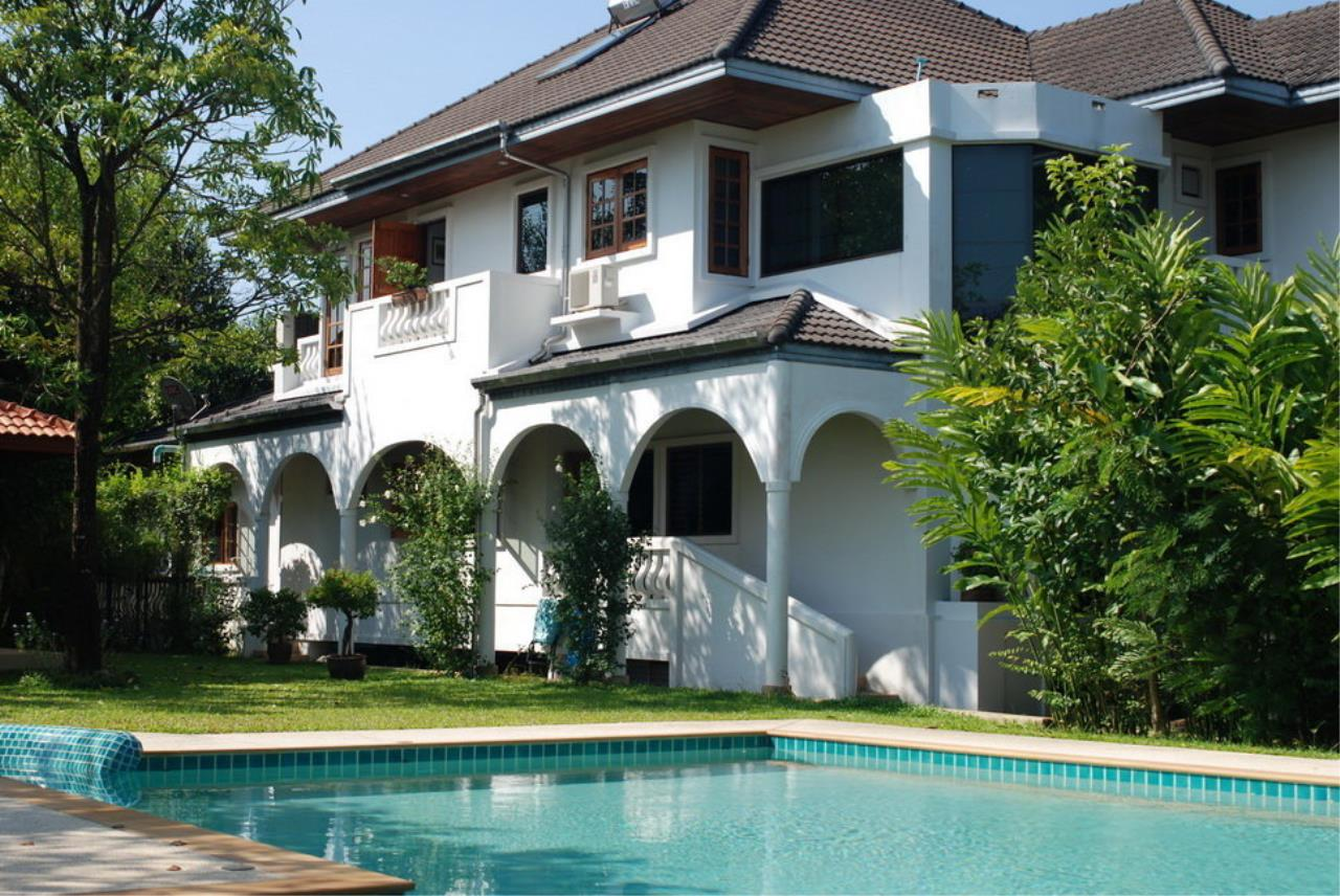 REAL Phuket  Agency's Tamata House - Luxurious 5-Bedroom Pool Villa in Great Condition 1