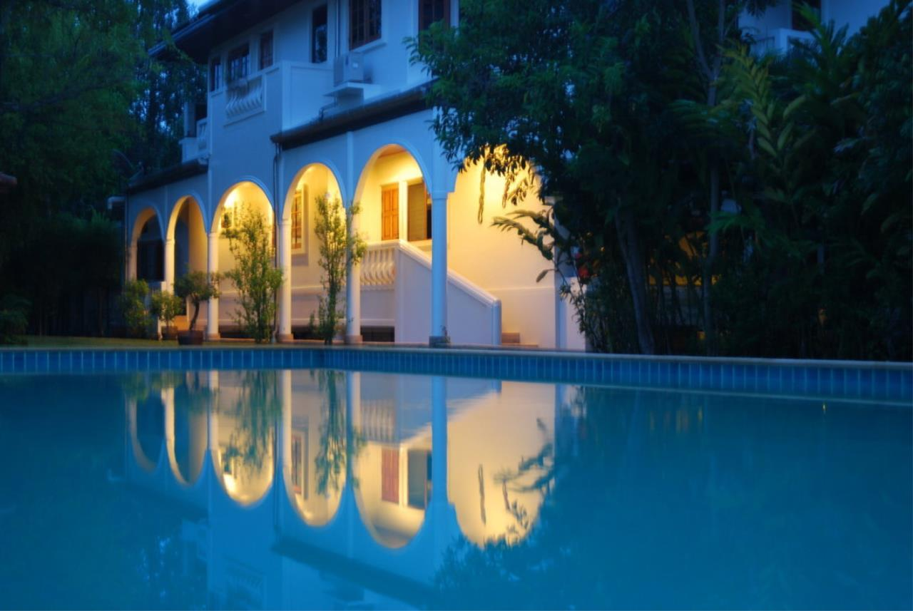 REAL Phuket  Agency's Tamata House - Luxurious 5-Bedroom Pool Villa in Great Condition 18