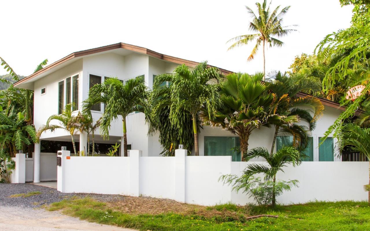 REAL Phuket  Agency's Samakee - Contemporary 3-Bedroom Pool Villa in Rawai 25