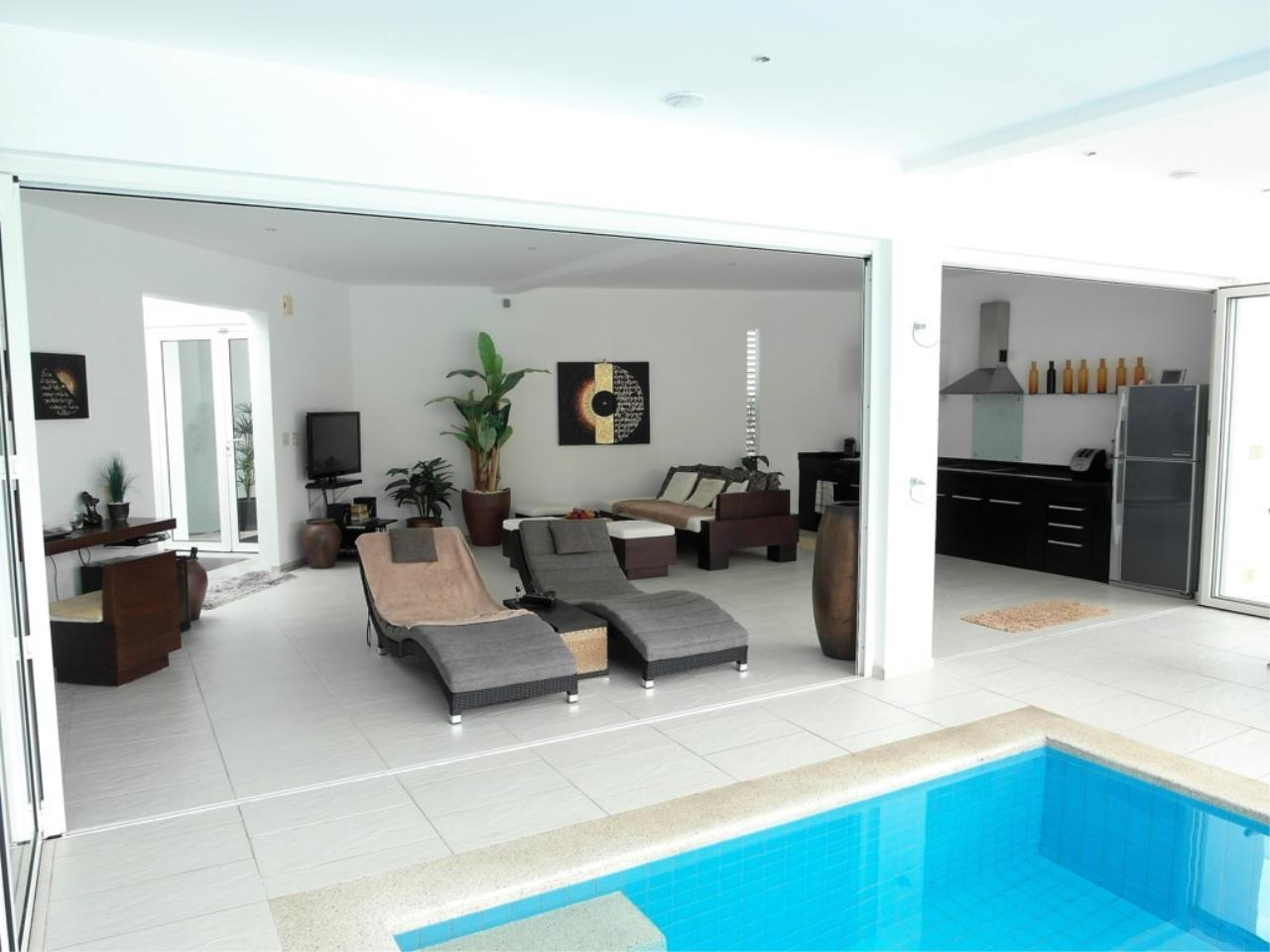 REAL Phuket  Agency's Pool Loft - Cool 1-Bedroom Pool Villa in Thalang 14