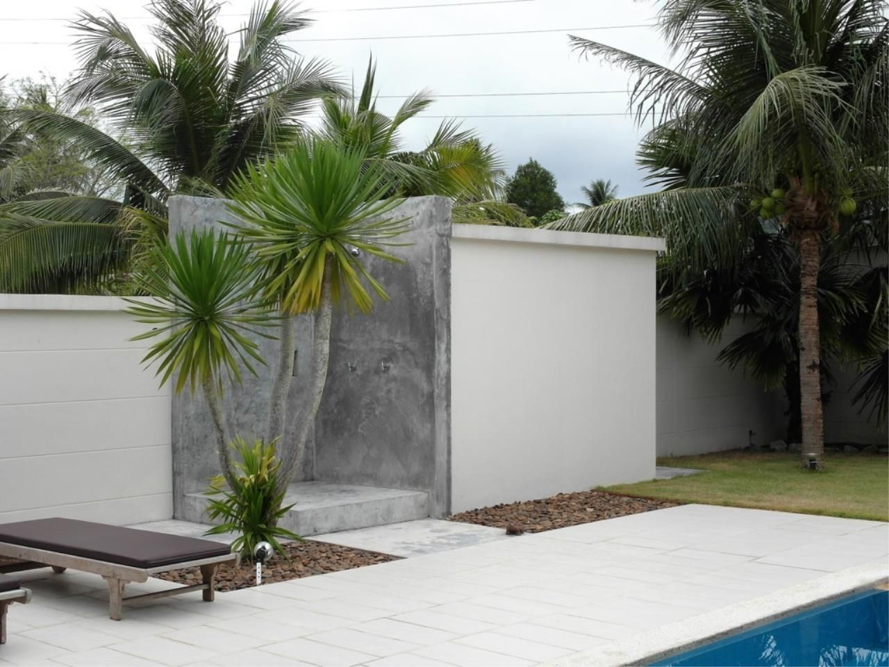 REAL Phuket  Agency's Pool Loft - Cool 1-Bedroom Pool Villa in Thalang 17