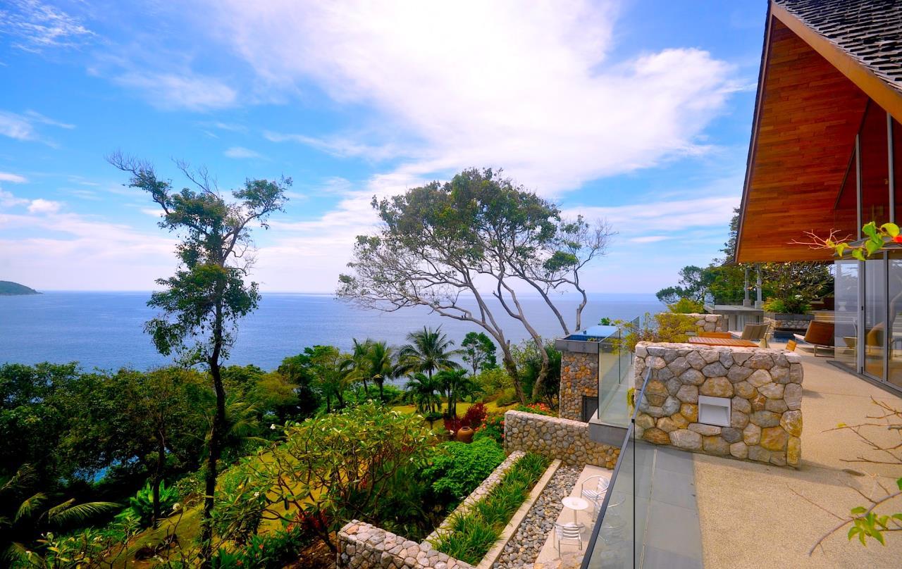 REAL Phuket  Agency's Samsara Estate - Contemporary 6-Bedroom Oceanfront Villa 4
