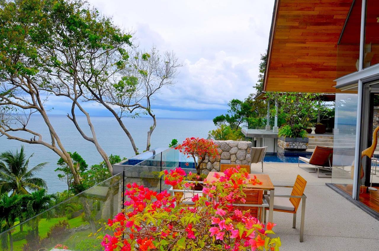 REAL Phuket  Agency's Samsara Estate - Contemporary 6-Bedroom Oceanfront Villa 8