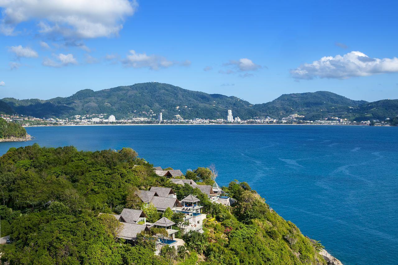 REAL Phuket  Agency's Samsara Estate - Contemporary 6-Bedroom Oceanfront Villa 12