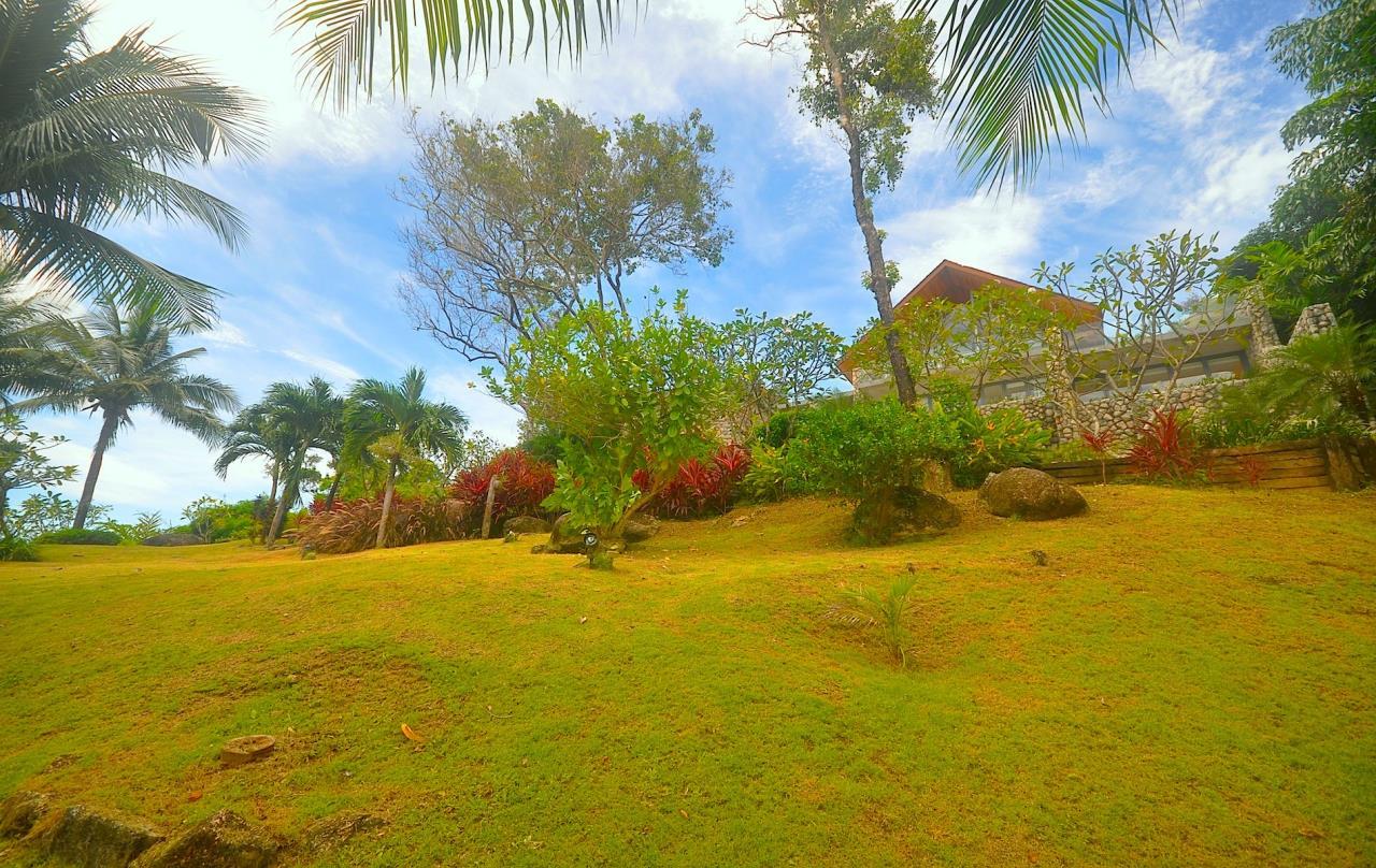 REAL Phuket  Agency's Samsara Estate - Contemporary 6-Bedroom Oceanfront Villa 42