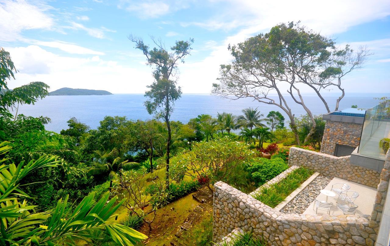 REAL Phuket  Agency's Samsara Estate - Contemporary 6-Bedroom Oceanfront Villa 7