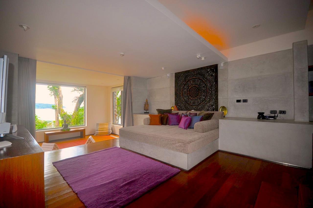 REAL Phuket  Agency's Samsara Estate - Contemporary 6-Bedroom Oceanfront Villa 65