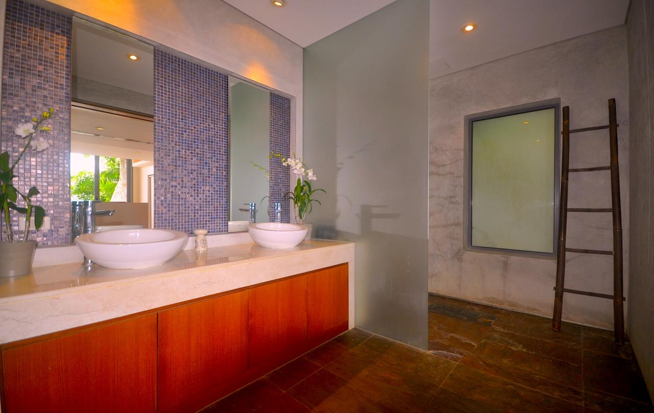 REAL Phuket  Agency's Samsara Estate - Contemporary 6-Bedroom Oceanfront Villa 89