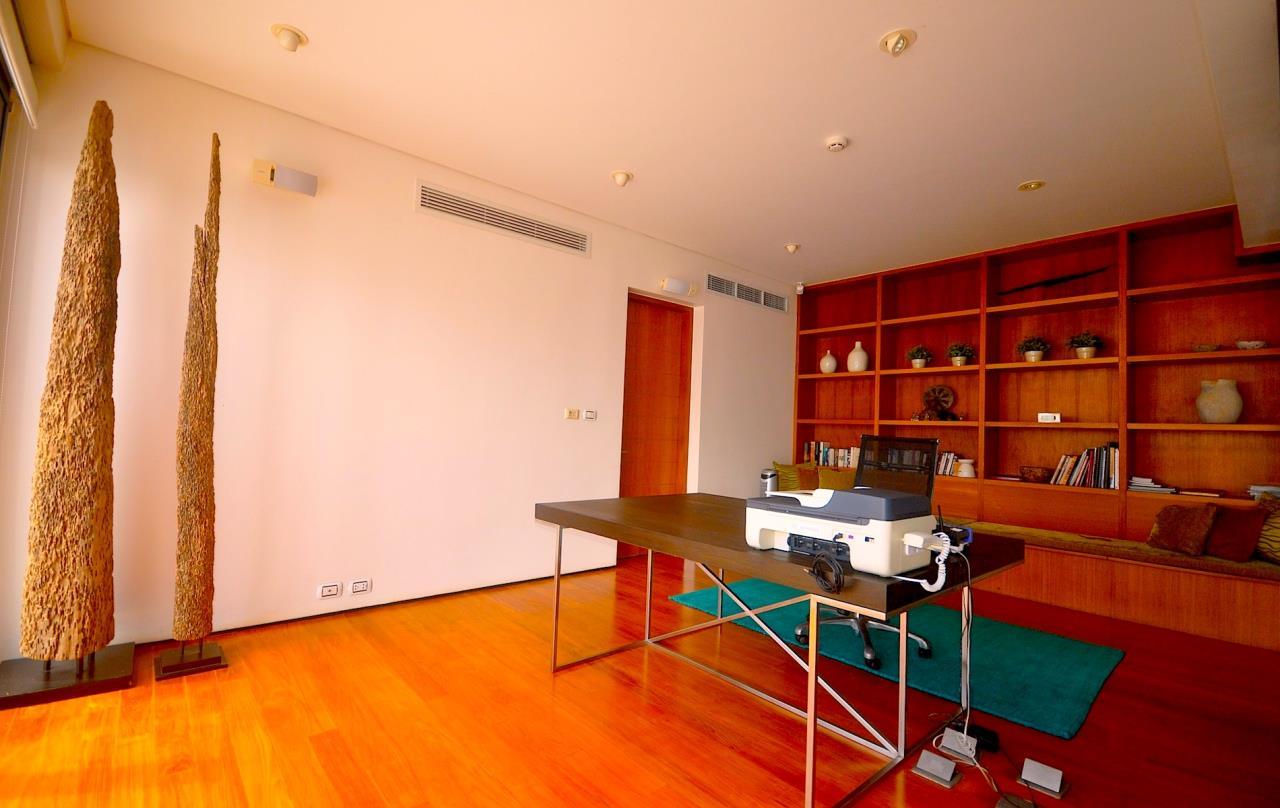 REAL Phuket  Agency's Samsara Estate - Contemporary 6-Bedroom Oceanfront Villa 95