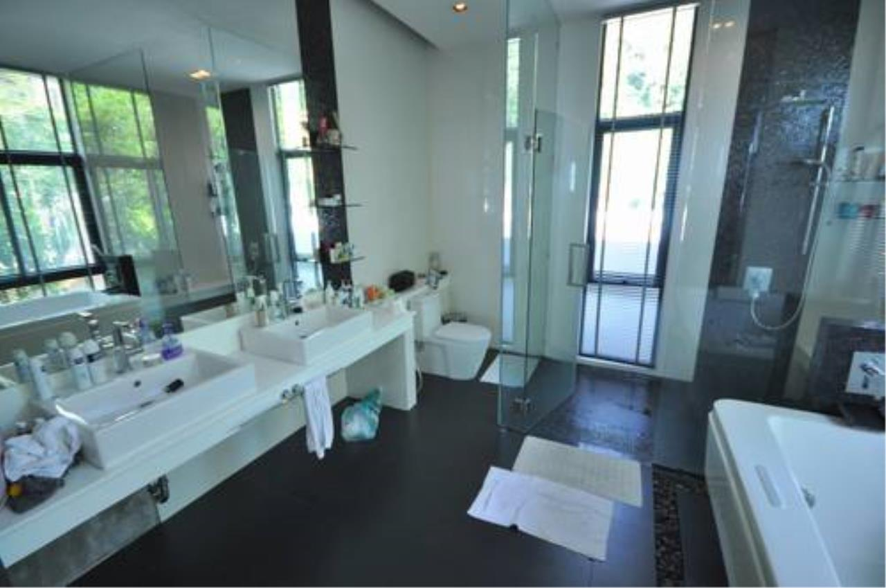 REAL Phuket  Agency's Outstanding 6-Bedroom Pool Villa Overlooking Patong Bay 8