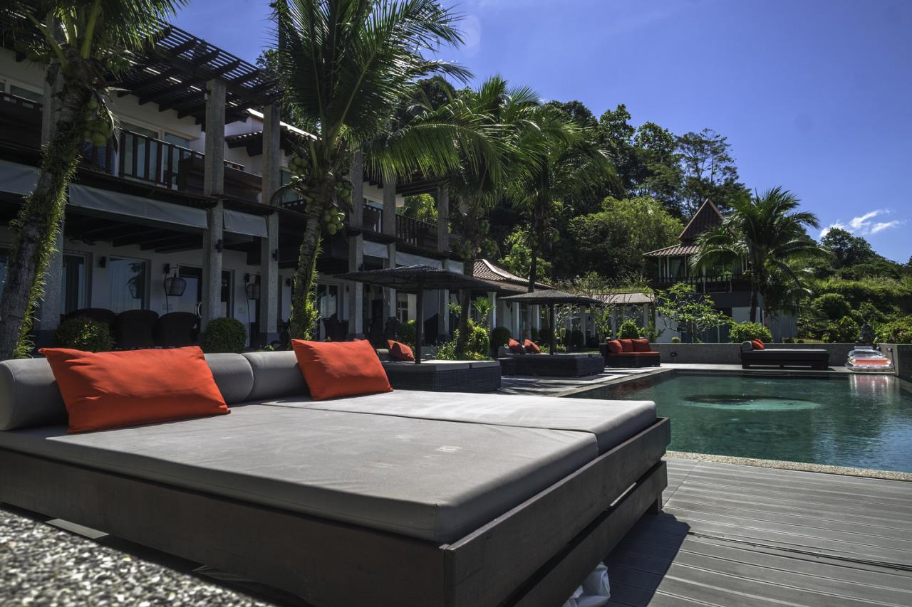 REAL Phuket  Agency's Villa Thai Sawan - Outstanding 7-Bedroom Villa overlooking Patong Bay 15