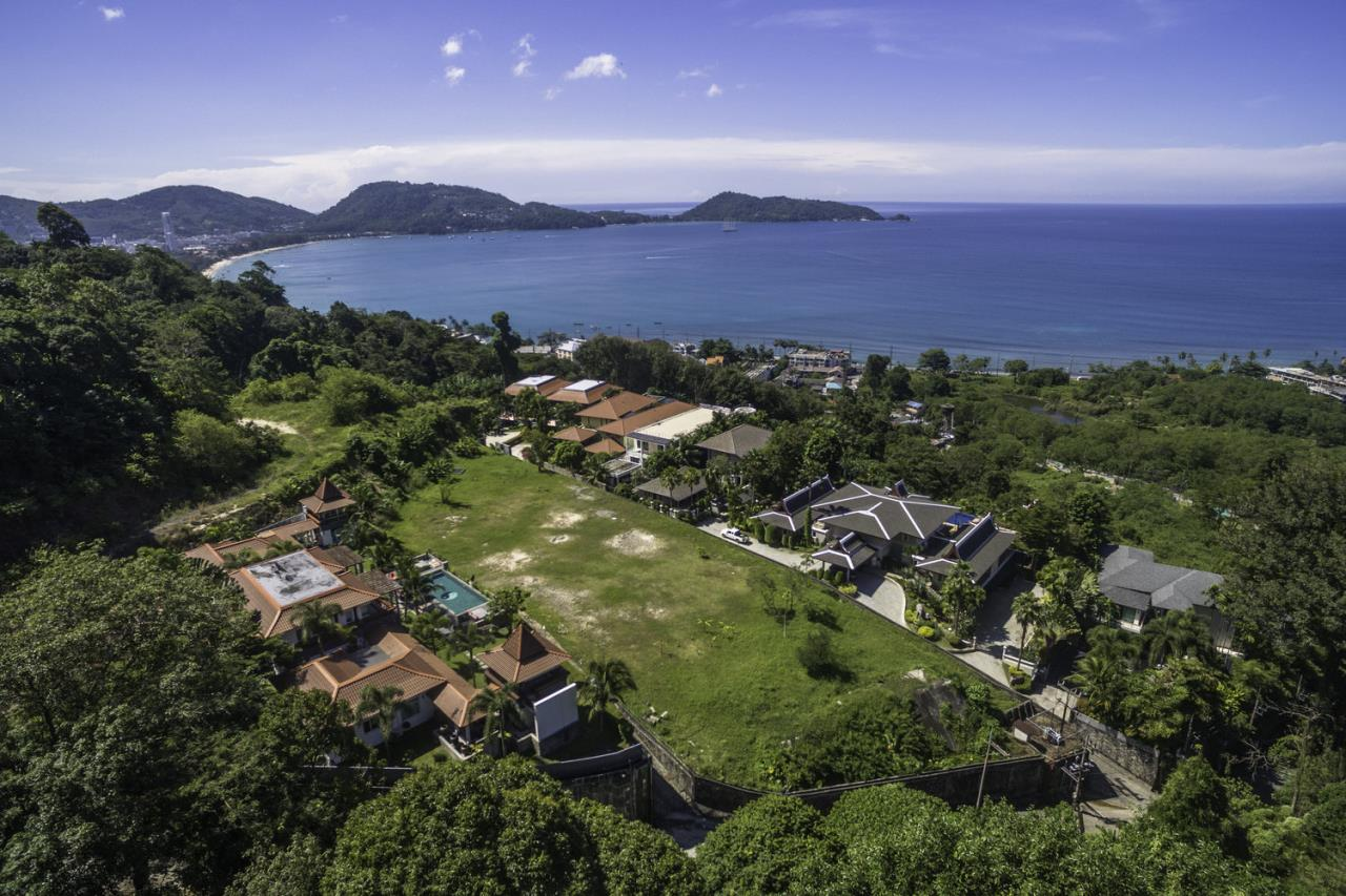 REAL Phuket  Agency's Villa Thai Sawan - Outstanding 7-Bedroom Villa overlooking Patong Bay 8