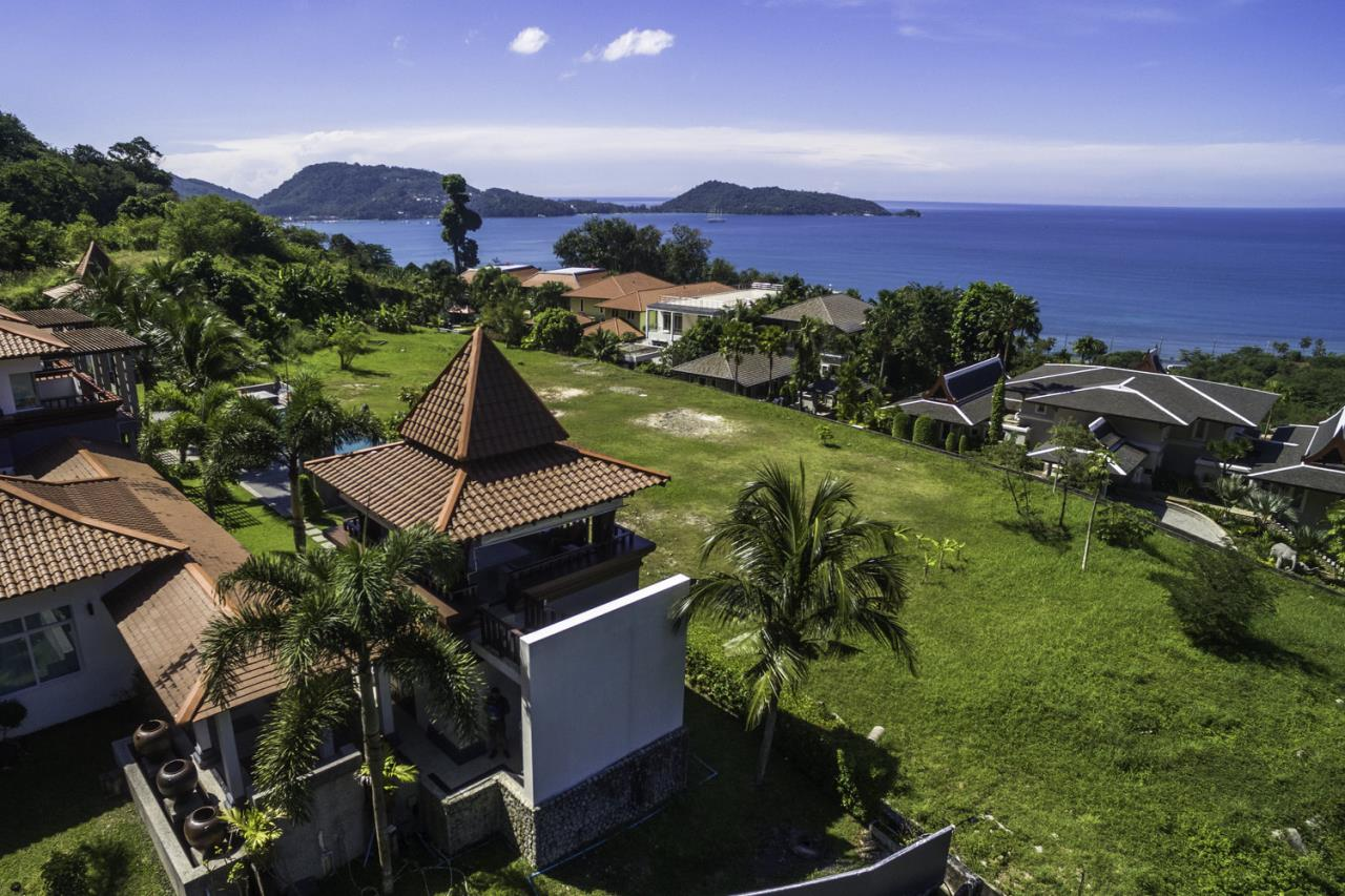 REAL Phuket  Agency's Villa Thai Sawan - Outstanding 7-Bedroom Villa overlooking Patong Bay 9