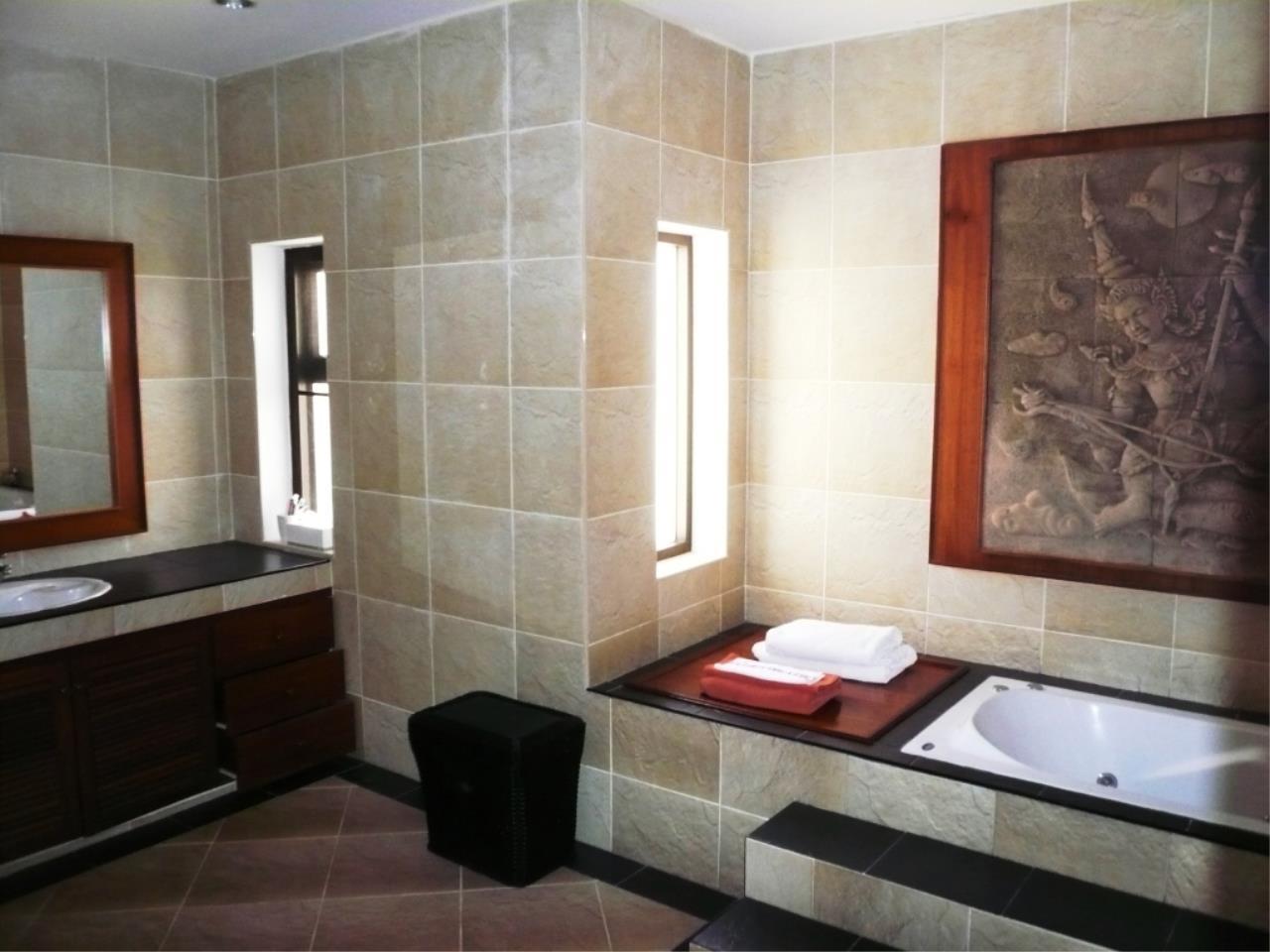 REAL Phuket  Agency's Kiri Estate - 3-Bedroom Pool Villa in Kamala 11