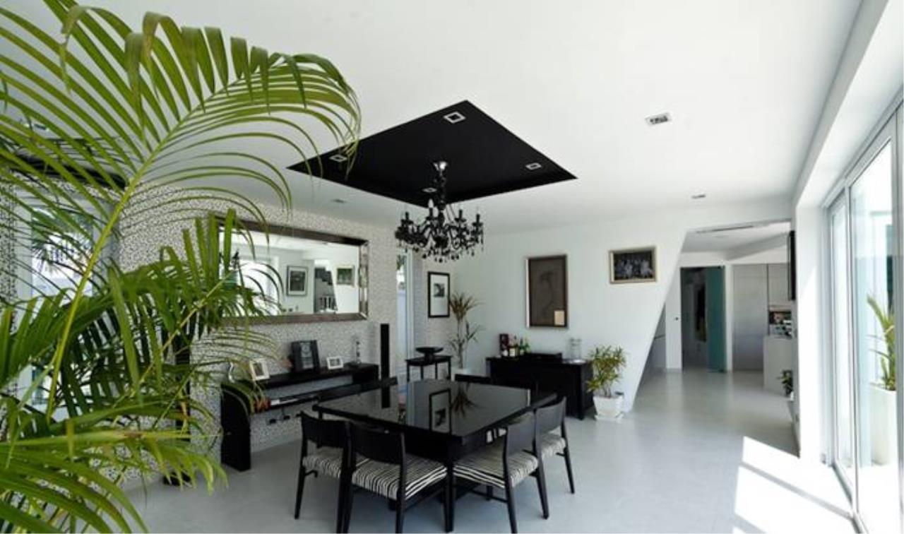 REAL Phuket  Agency's Villa Verde - Modern 5-Bedroom Pool Villa in Rawai 2