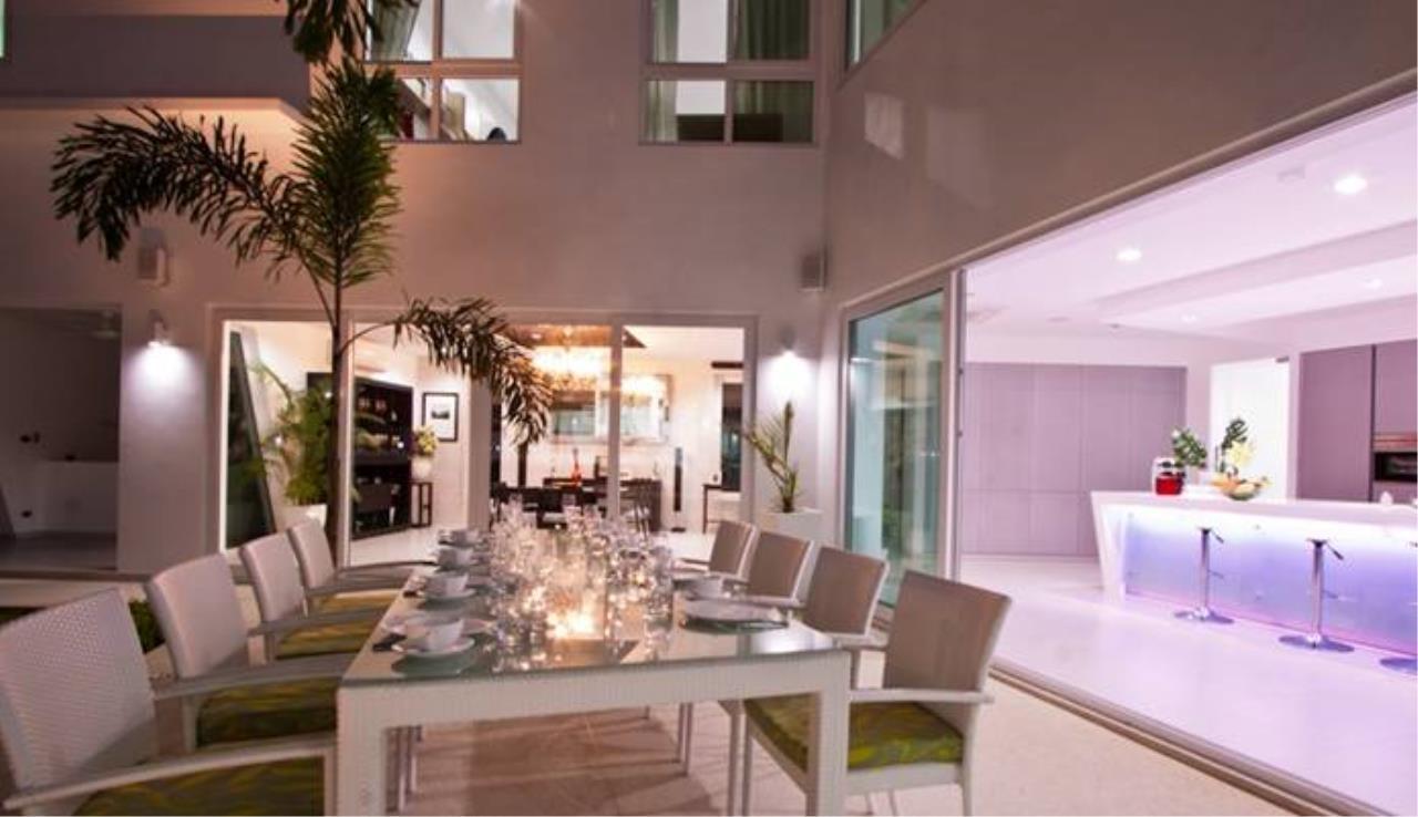 REAL Phuket  Agency's Villa Verde - Modern 5-Bedroom Pool Villa in Rawai 15