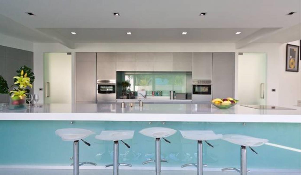 REAL Phuket  Agency's Villa Verde - Modern 5-Bedroom Pool Villa in Rawai 4
