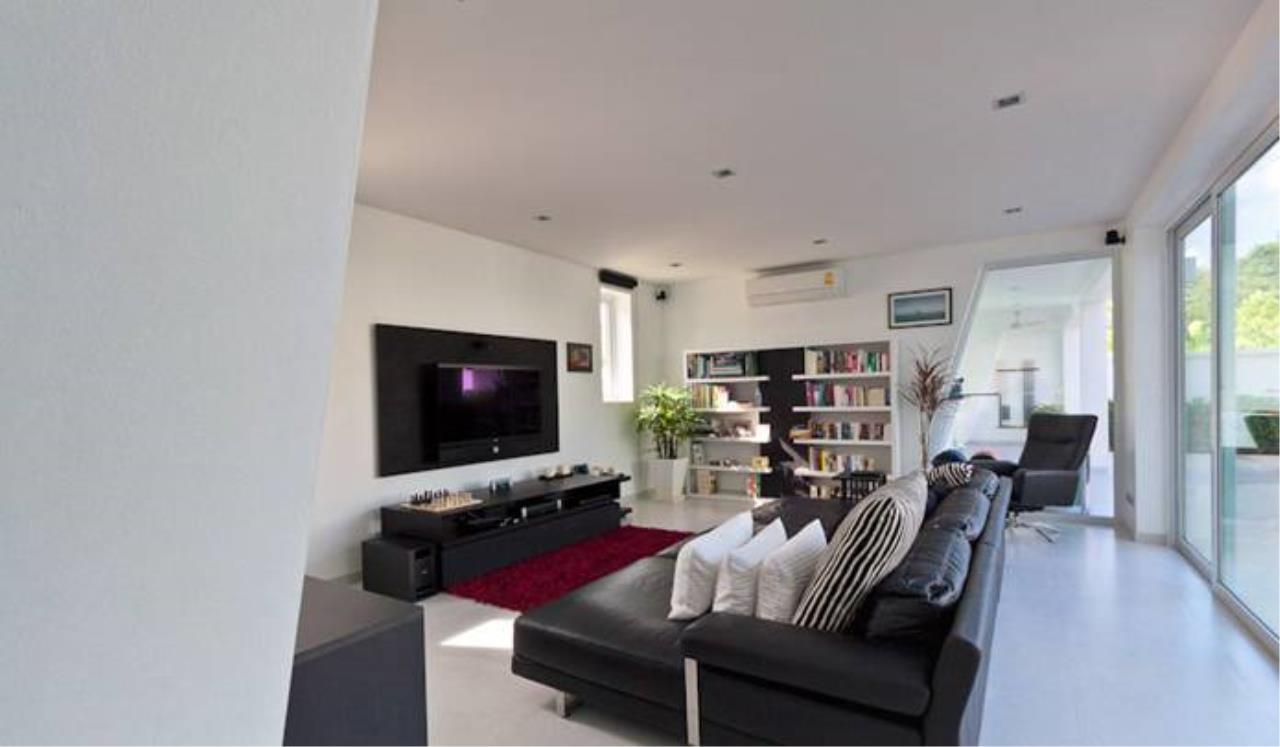 REAL Phuket  Agency's Villa Verde - Modern 5-Bedroom Pool Villa in Rawai 5