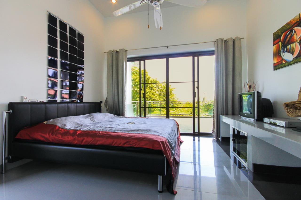 REAL Phuket  Agency's Villa FJ - Large Modern 5-Bedroom Sea View Pool Villa in Phuket Town 7