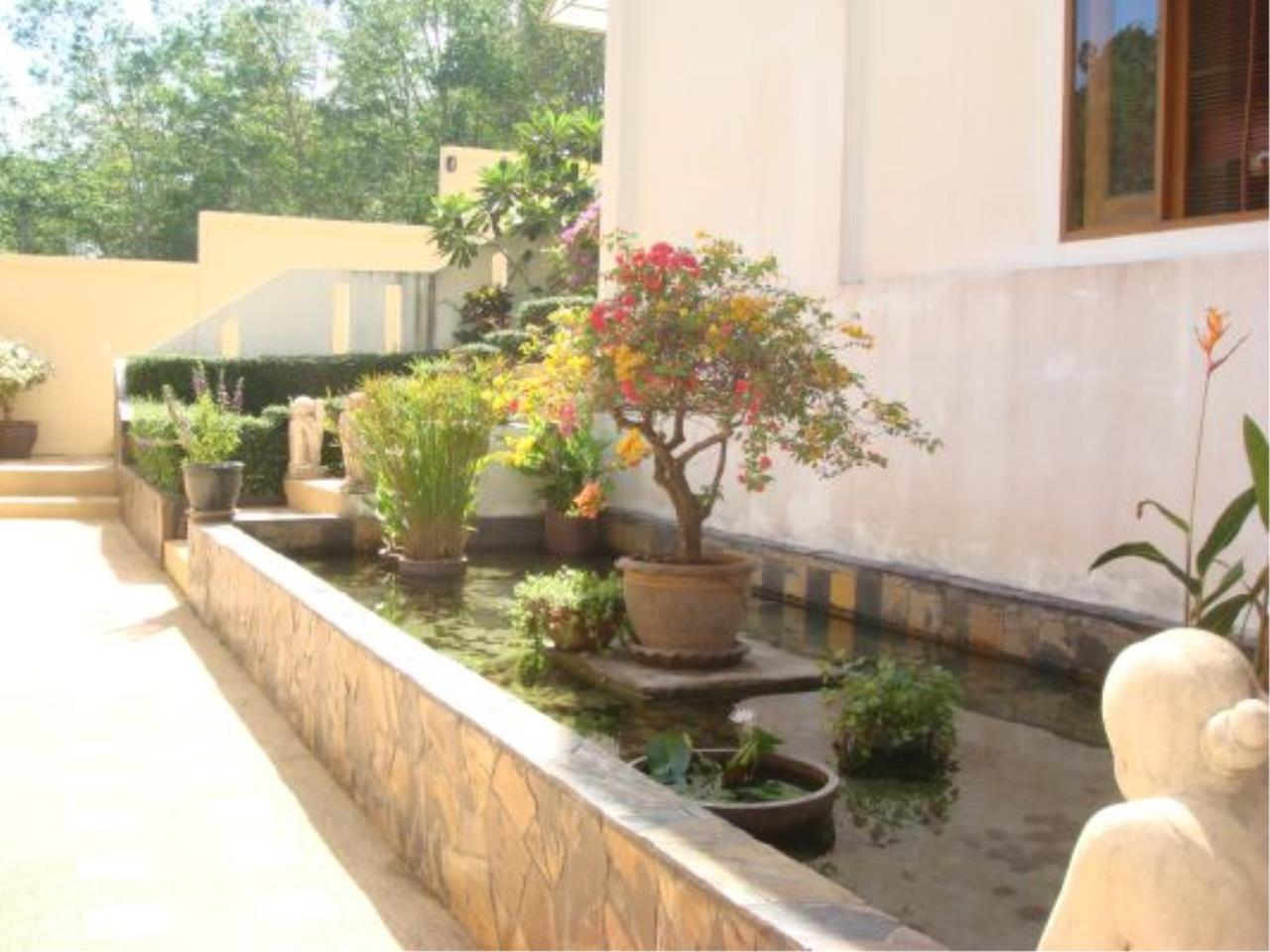 REAL Phuket  Agency's Eagles Nest - Awesome 4-Bedroom Pool Villa in Kathu 15