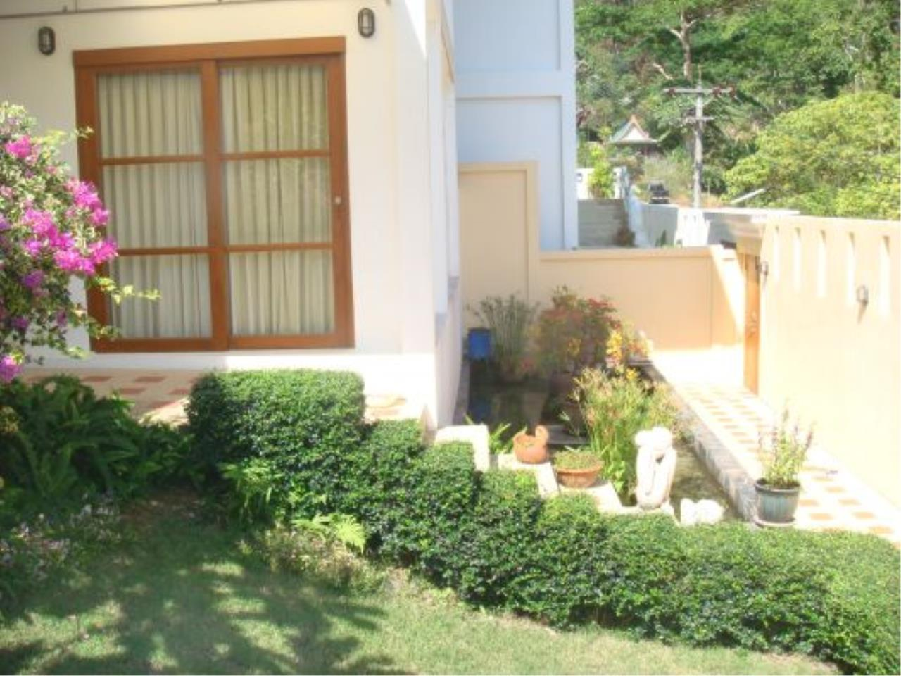 REAL Phuket  Agency's Eagles Nest - Awesome 4-Bedroom Pool Villa in Kathu 18