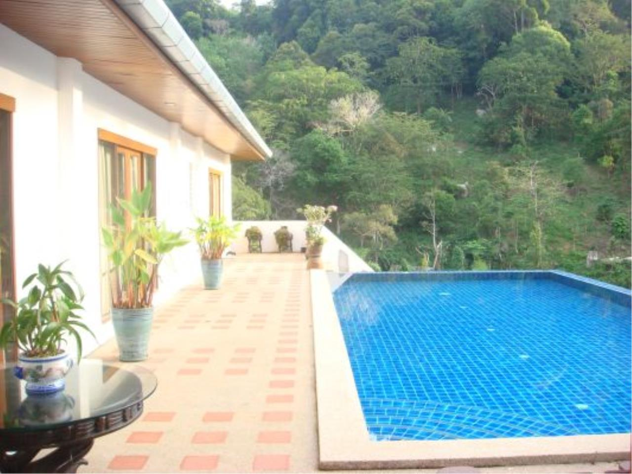 REAL Phuket  Agency's Eagles Nest - Awesome 4-Bedroom Pool Villa in Kathu 3