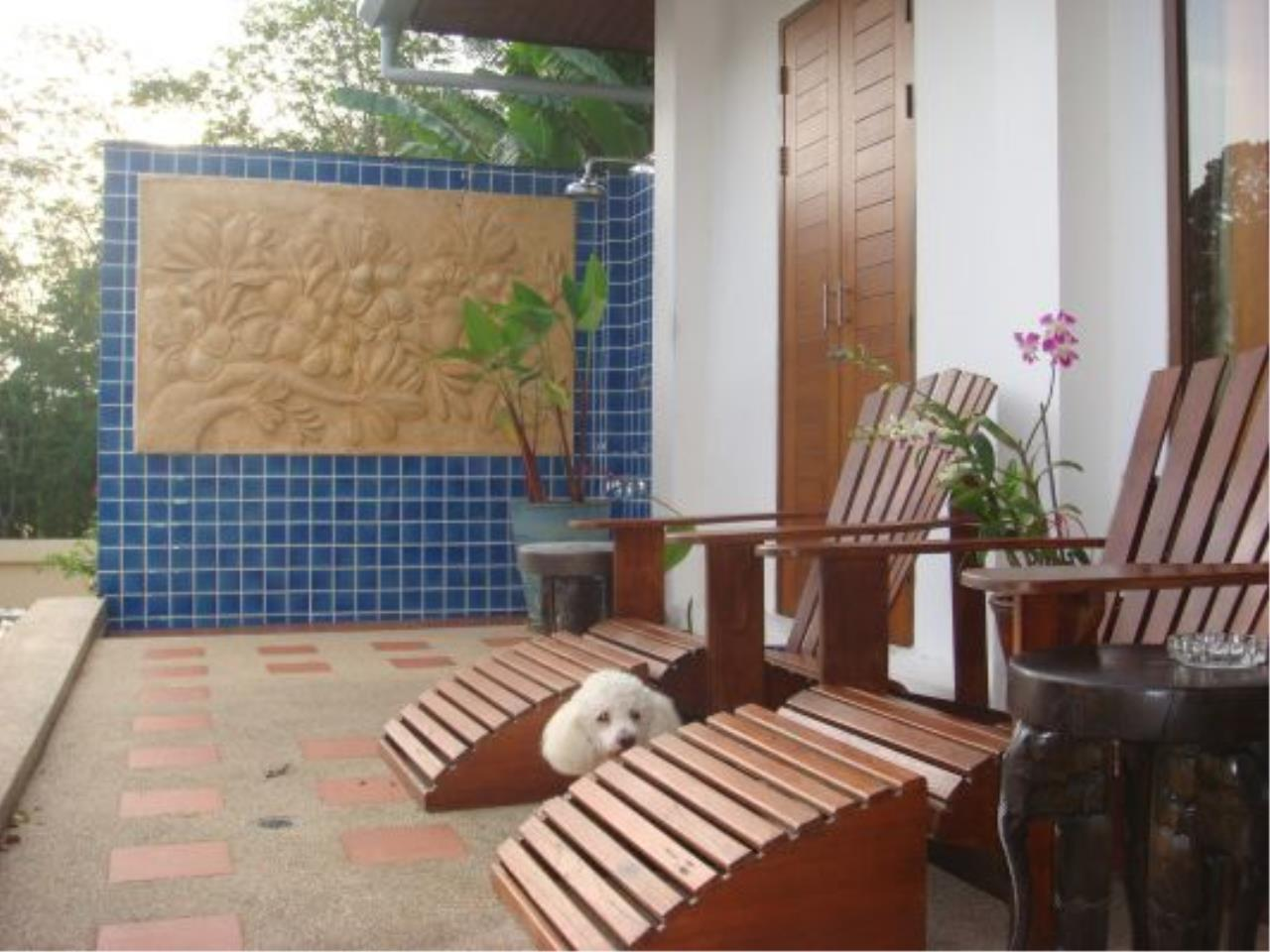 REAL Phuket  Agency's Eagles Nest - Awesome 4-Bedroom Pool Villa in Kathu 4