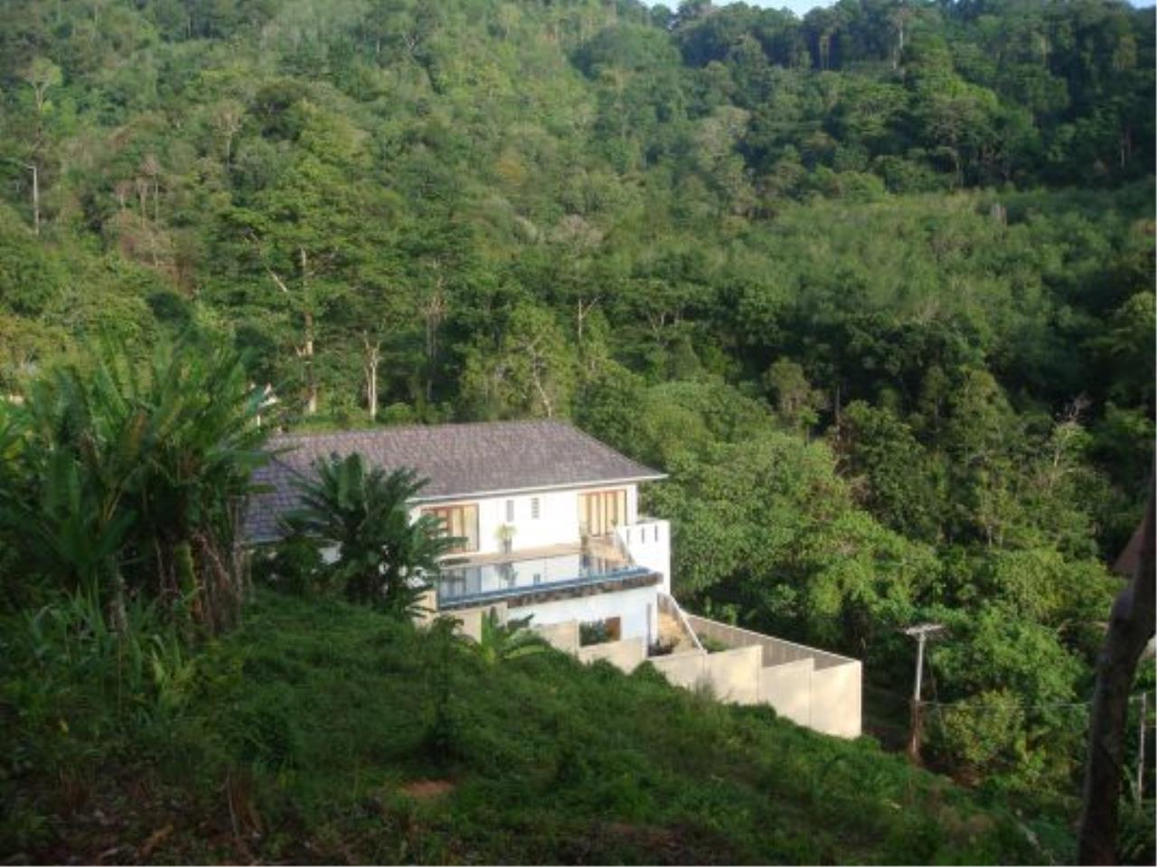 REAL Phuket  Agency's Eagles Nest - Awesome 4-Bedroom Pool Villa in Kathu 5