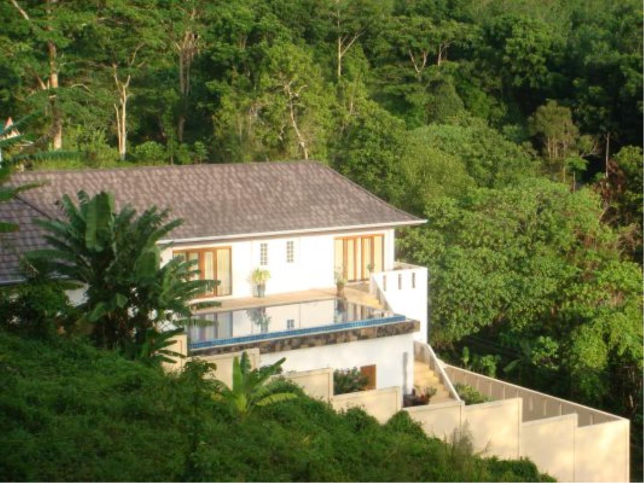 REAL Phuket  Agency's Eagles Nest - Awesome 4-Bedroom Pool Villa in Kathu 6