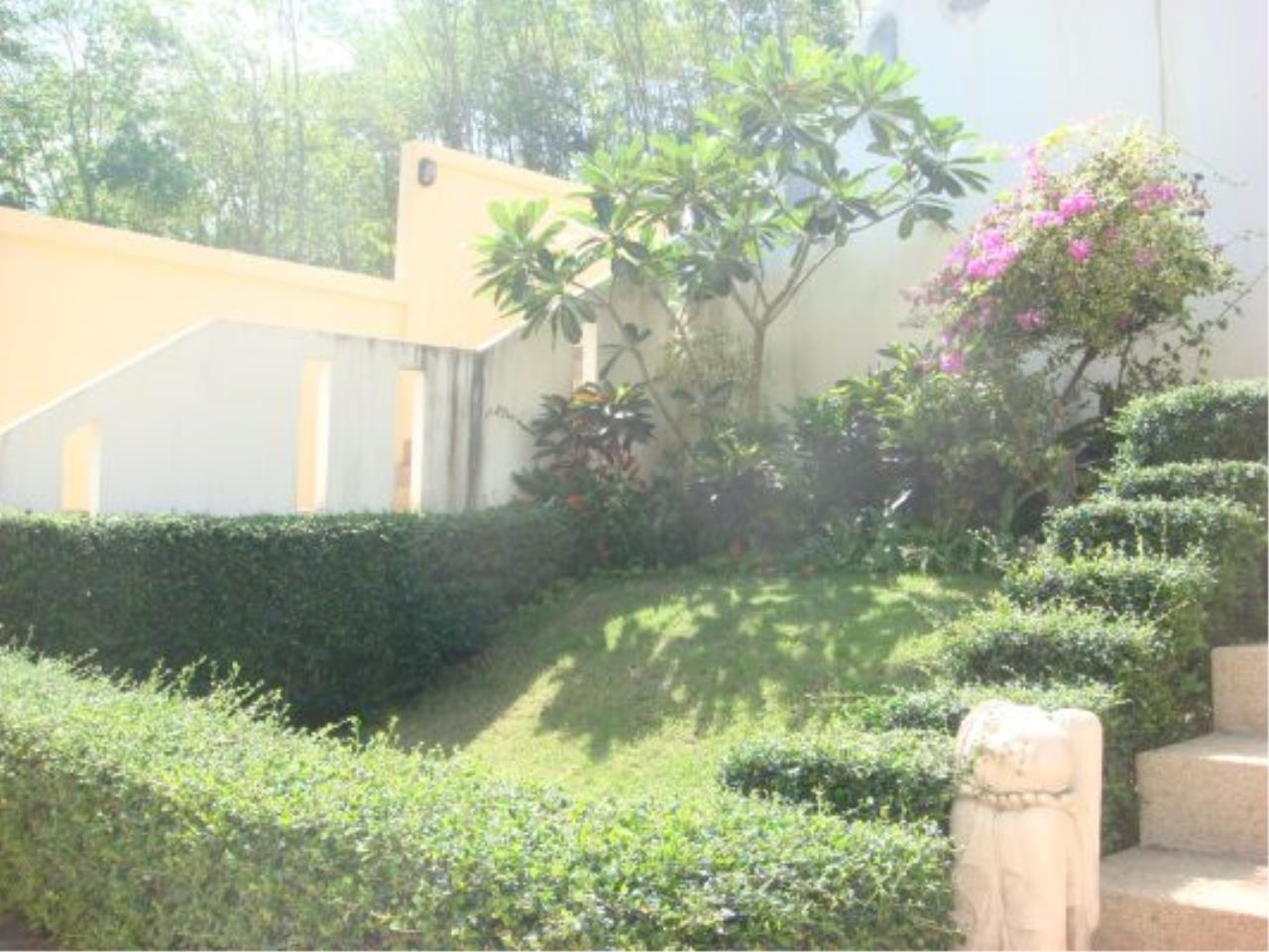 REAL Phuket  Agency's Eagles Nest - Awesome 4-Bedroom Pool Villa in Kathu 8