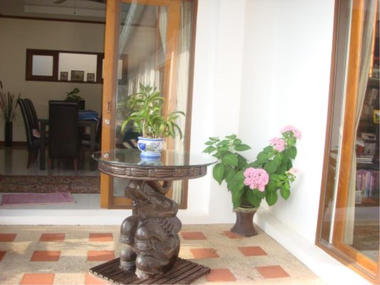 REAL Phuket  Agency's Eagles Nest - Awesome 4-Bedroom Pool Villa in Kathu 9