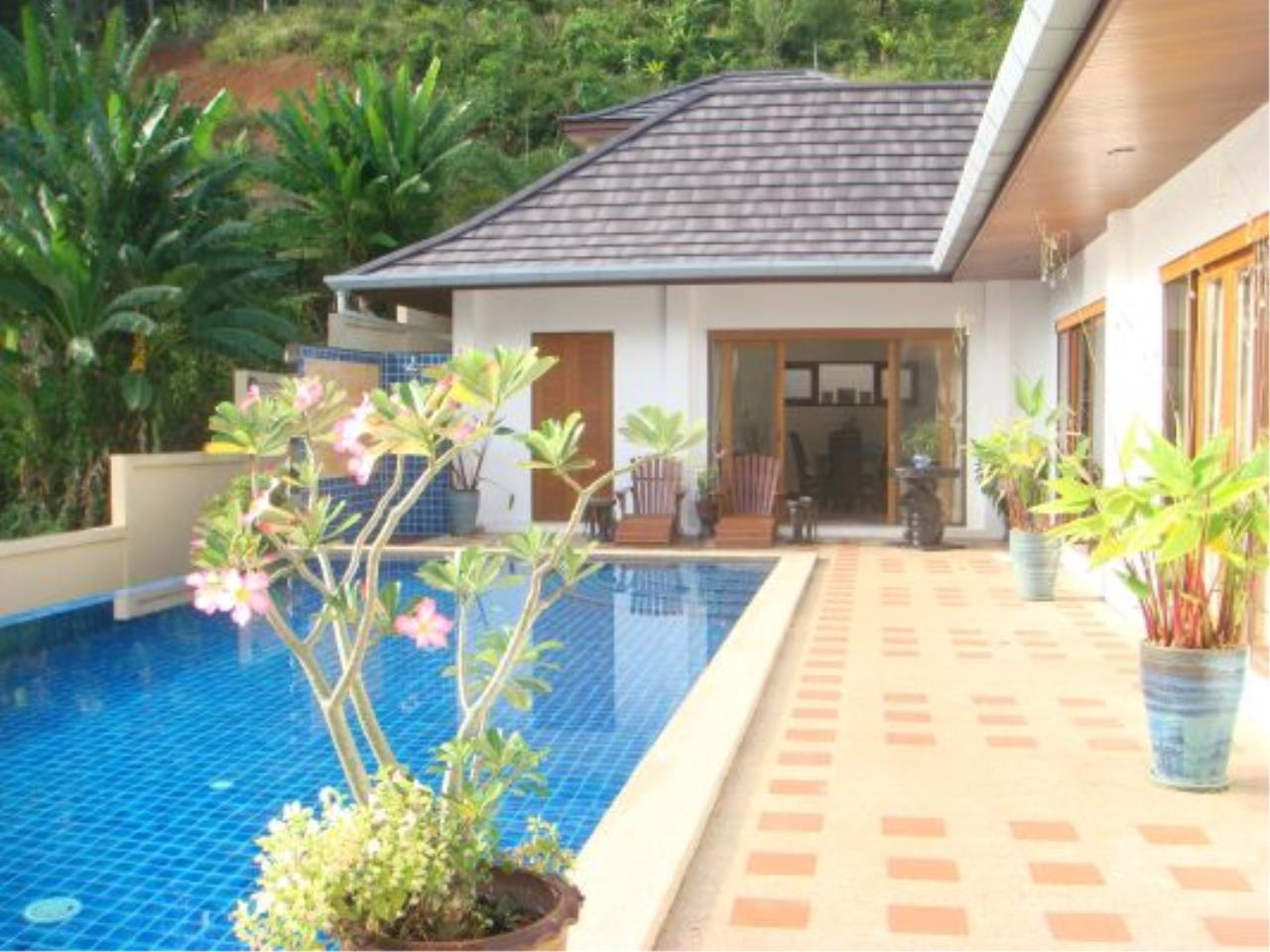 REAL Phuket  Agency's Eagles Nest - Awesome 4-Bedroom Pool Villa in Kathu 10