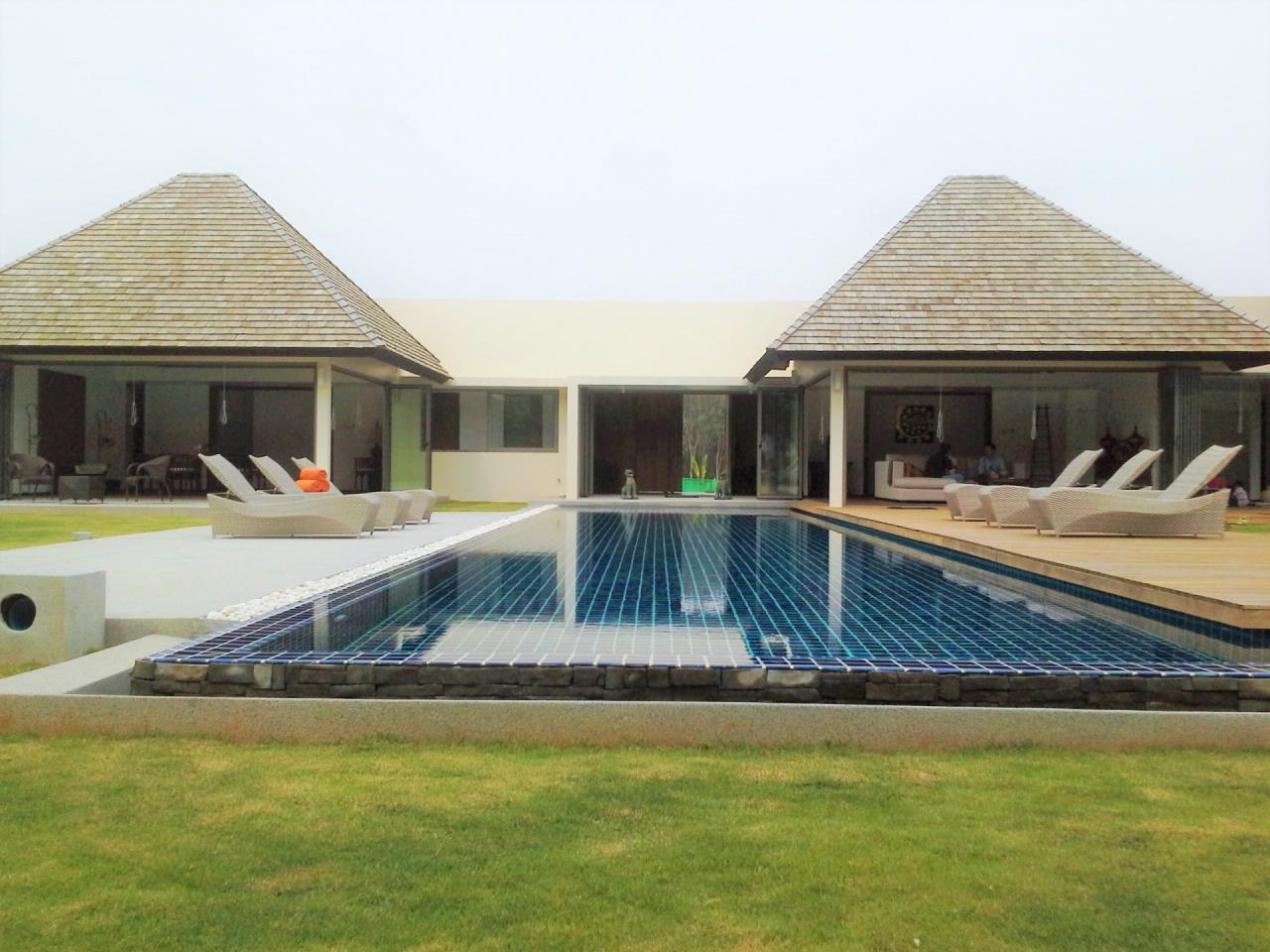REAL Phuket  Agency's Layan Hills Estate - Superb Modern 5-Bedroom Pool Villa in Cherngtalay 2