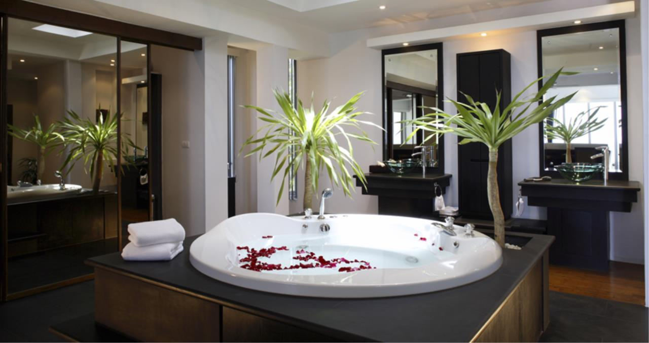 REAL Phuket  Agency's Superb 4-Bedroom Pool Villa Overlooking Layan Beach 6