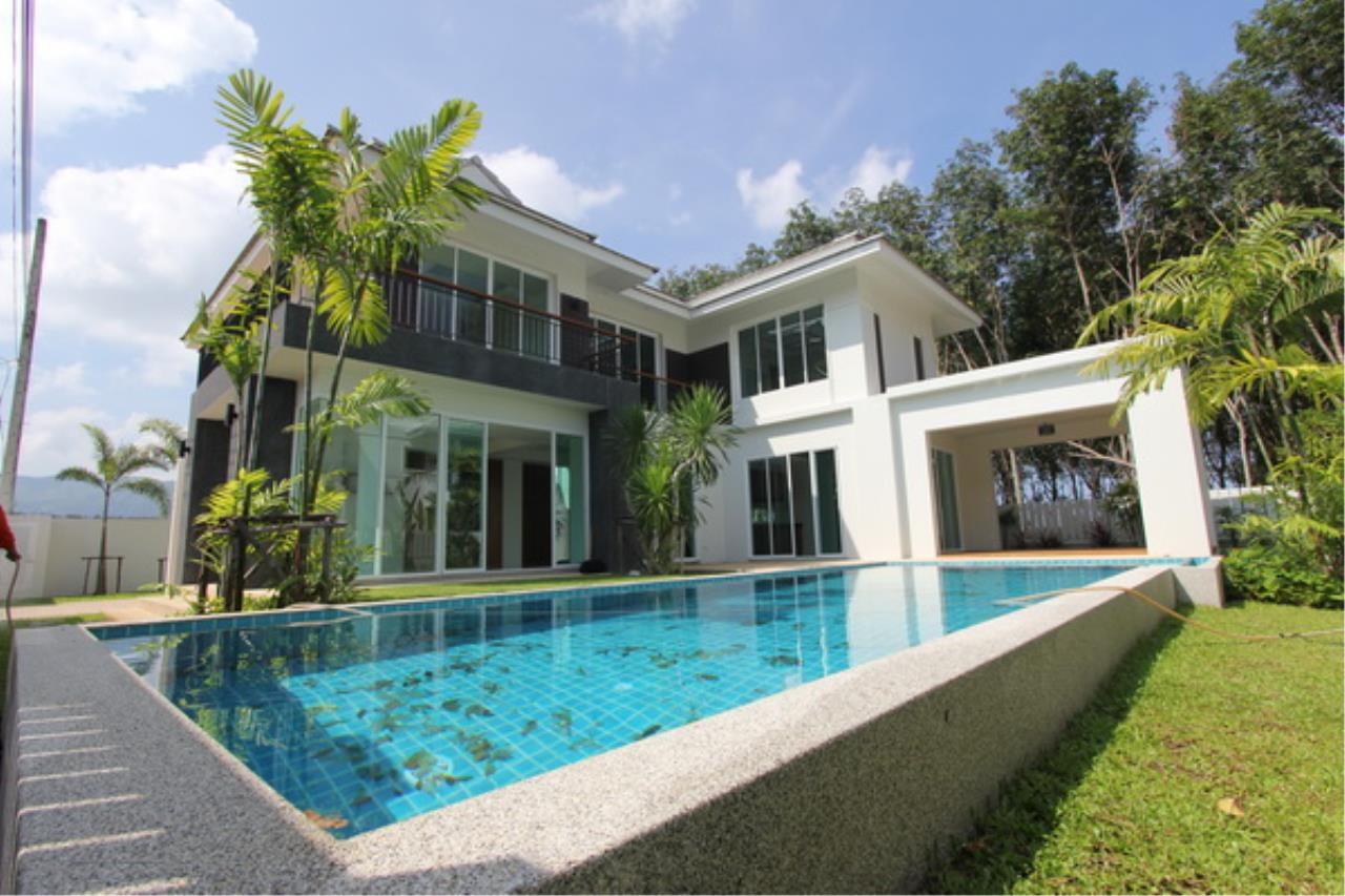 REAL Phuket  Agency's Elegant 3-Bedroom Pool Villa in Pasak 1