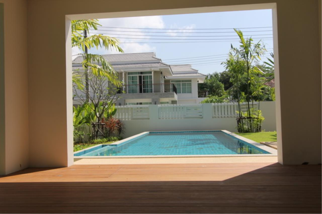 REAL Phuket  Agency's Elegant 3-Bedroom Pool Villa in Pasak 51
