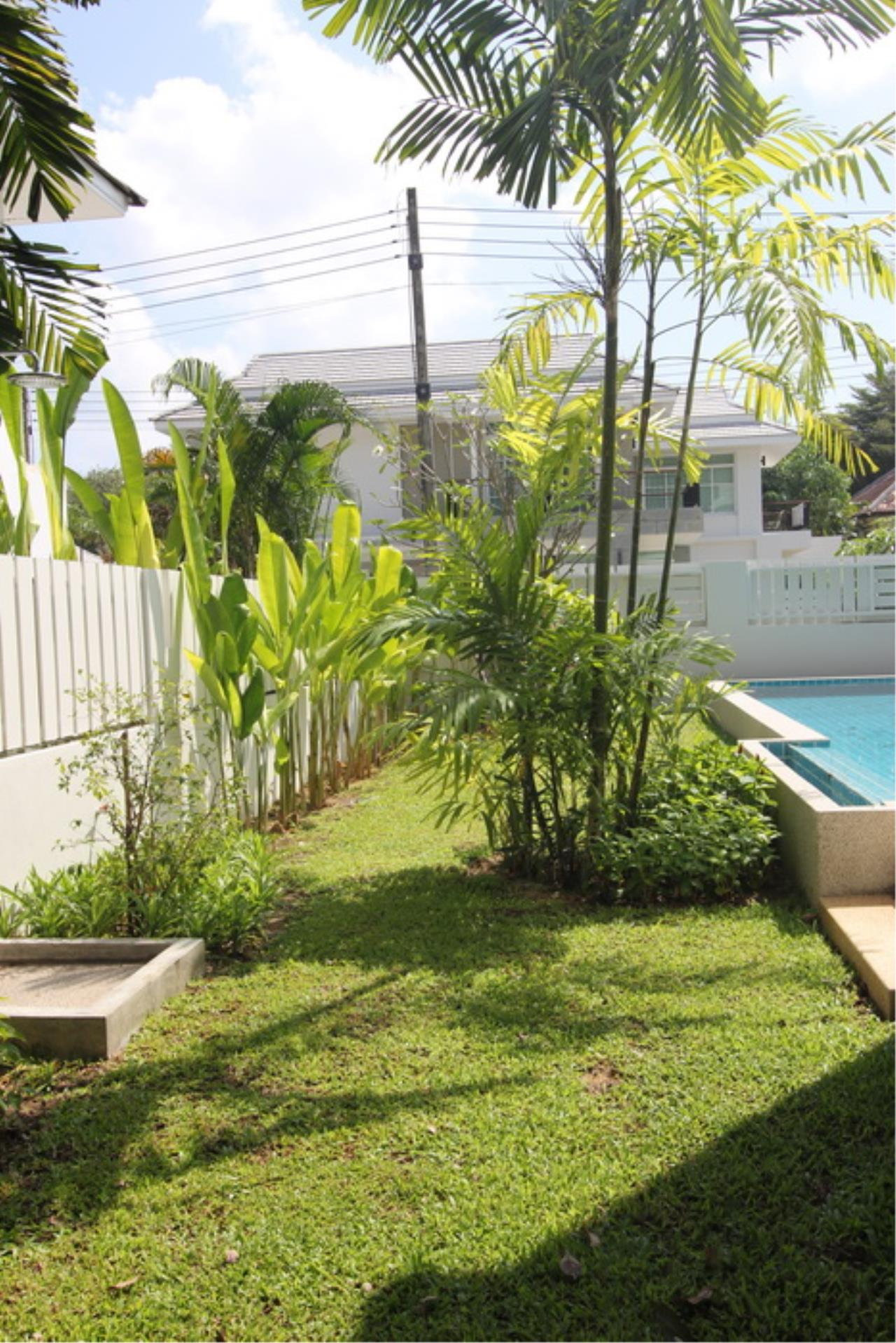 REAL Phuket  Agency's Elegant 3-Bedroom Pool Villa in Pasak 54