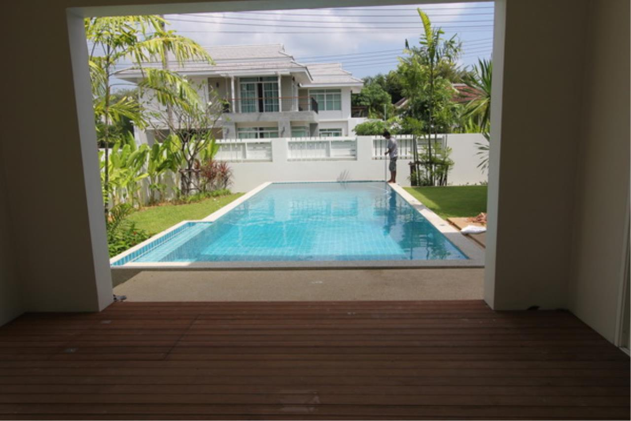 REAL Phuket  Agency's Elegant 3-Bedroom Pool Villa in Pasak 55