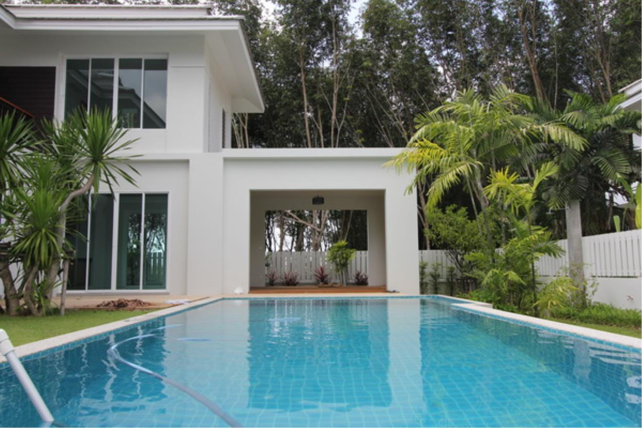 REAL Phuket  Agency's Elegant 3-Bedroom Pool Villa in Pasak 57