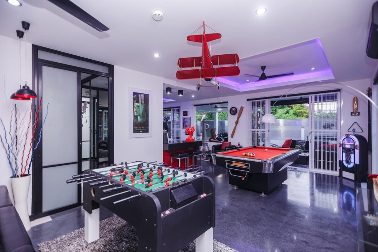 REAL Phuket  Agency's The Club Residence - 7-Bedroom Designer Pool Villa with Sea View Terrace in Saiyuan 63