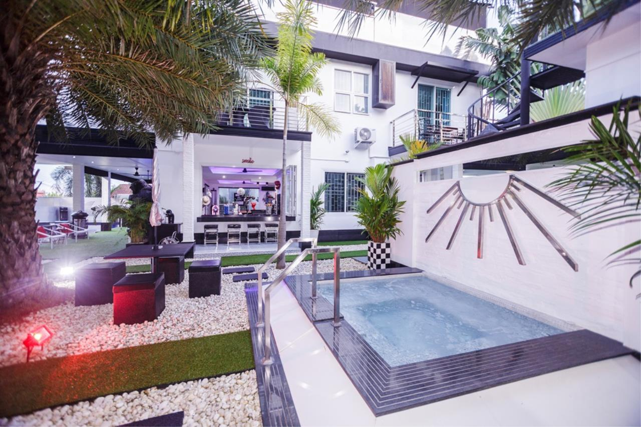 REAL Phuket  Agency's The Club Residence - 7-Bedroom Designer Pool Villa with Sea View Terrace in Saiyuan 70