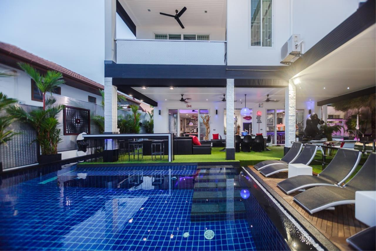 REAL Phuket  Agency's The Club Residence - 7-Bedroom Designer Pool Villa with Sea View Terrace in Saiyuan 75