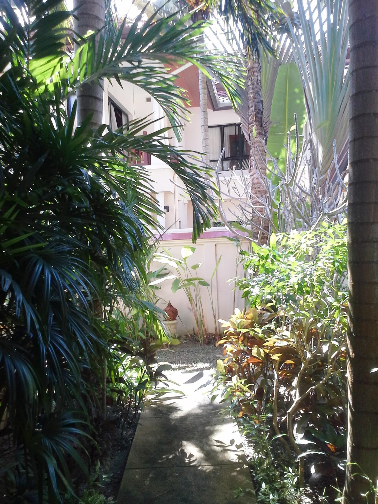 REAL Phuket  Agency's Laguna Fairway - 4-Bedroom Pool Villa Overlooking Laguna Golf Course 20