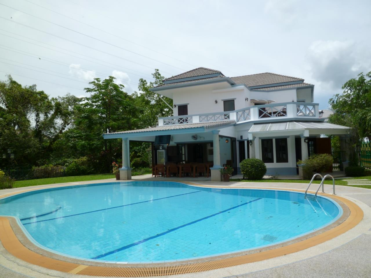 REAL Phuket  Agency's PRICE CUT - Nice 3-Bedroom Pool Villa in Kathu 10