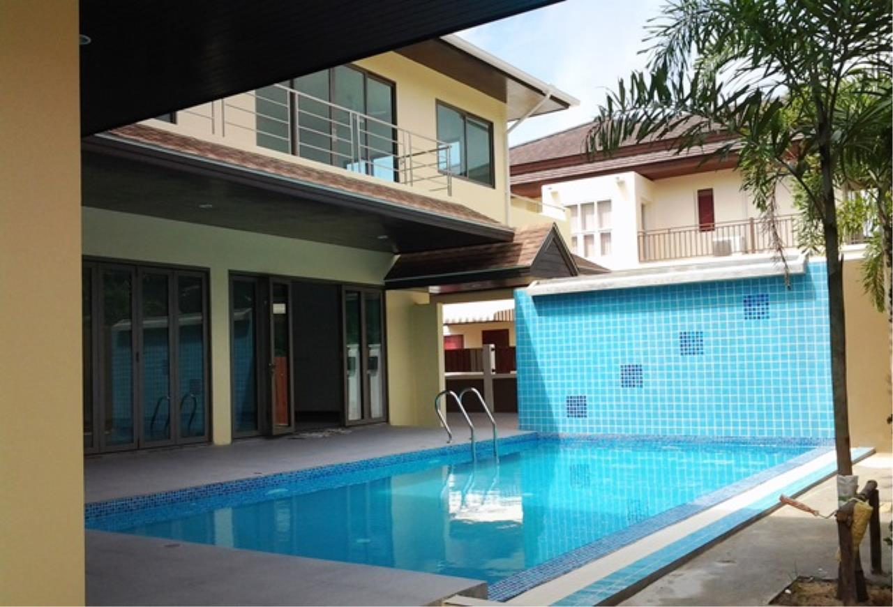 REAL Phuket  Agency's Korina - Oriental Style 4-Bedroom Pool Villa in Chalong 1