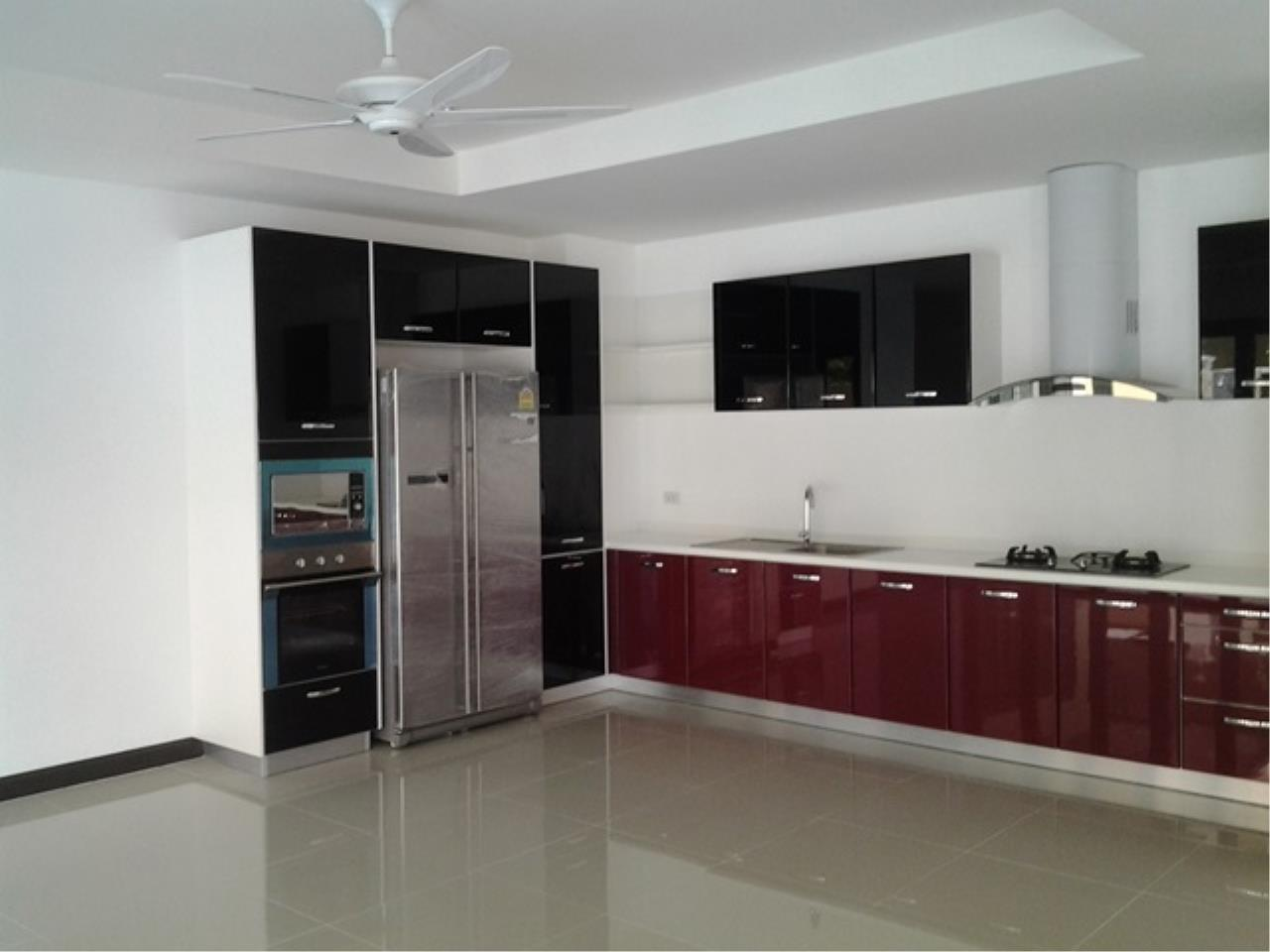 REAL Phuket  Agency's Korina - Oriental Style 4-Bedroom Pool Villa in Chalong 6
