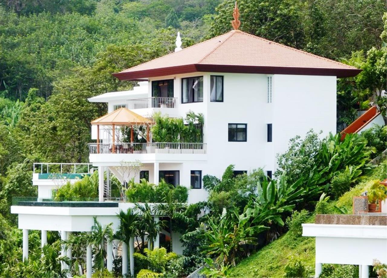 REAL Phuket  Agency's Grand Cru - Exclusive 3 Bedroom Pool Villa overlooking Chalong Bay 1