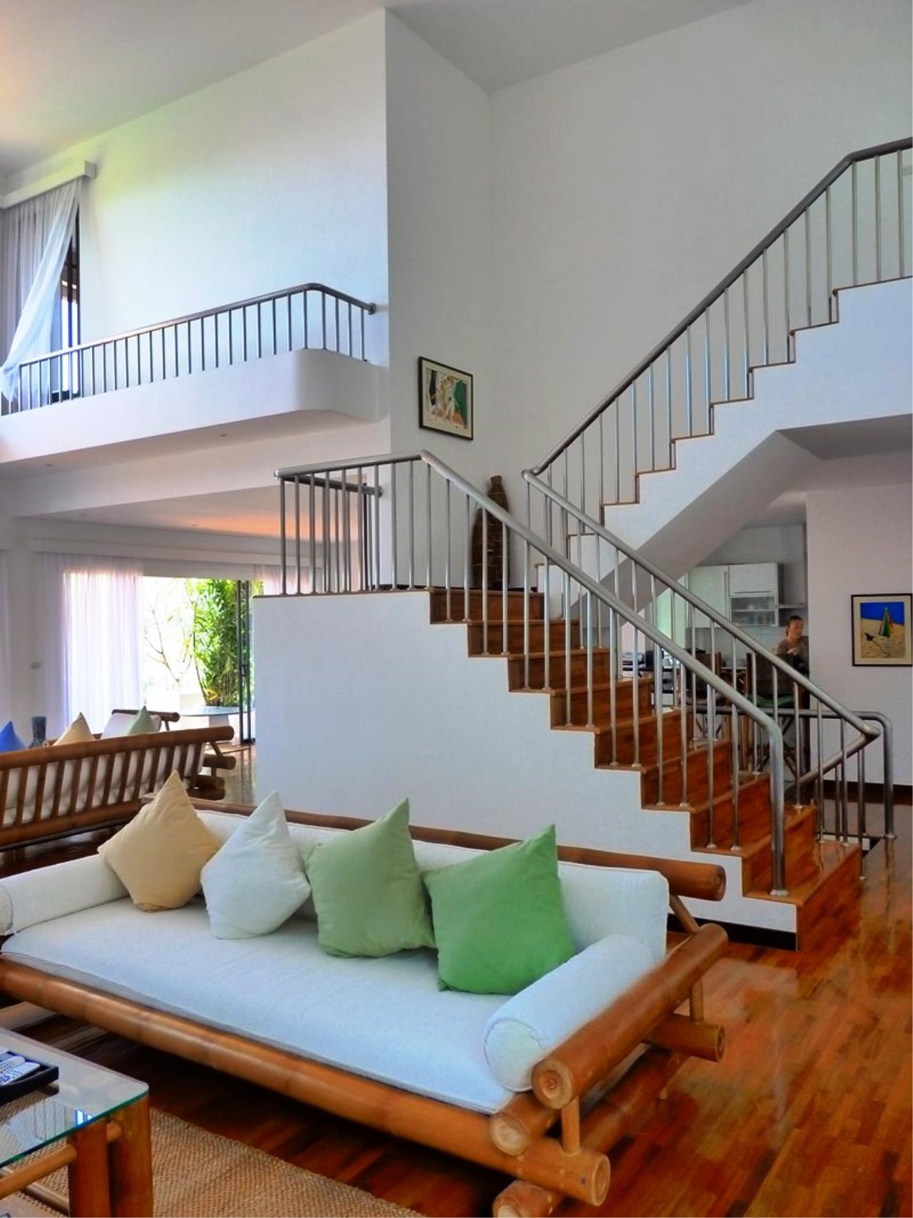 REAL Phuket  Agency's Grand Cru - Exclusive 3 Bedroom Pool Villa overlooking Chalong Bay 10