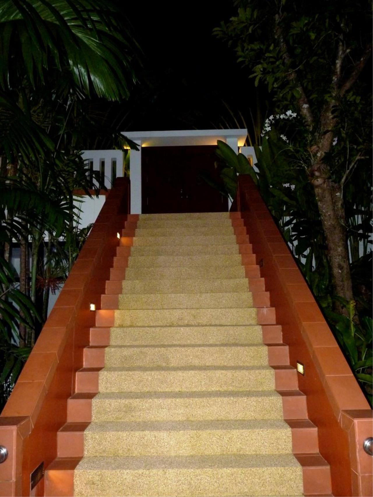 REAL Phuket  Agency's Grand Cru - Exclusive 3 Bedroom Pool Villa overlooking Chalong Bay 3