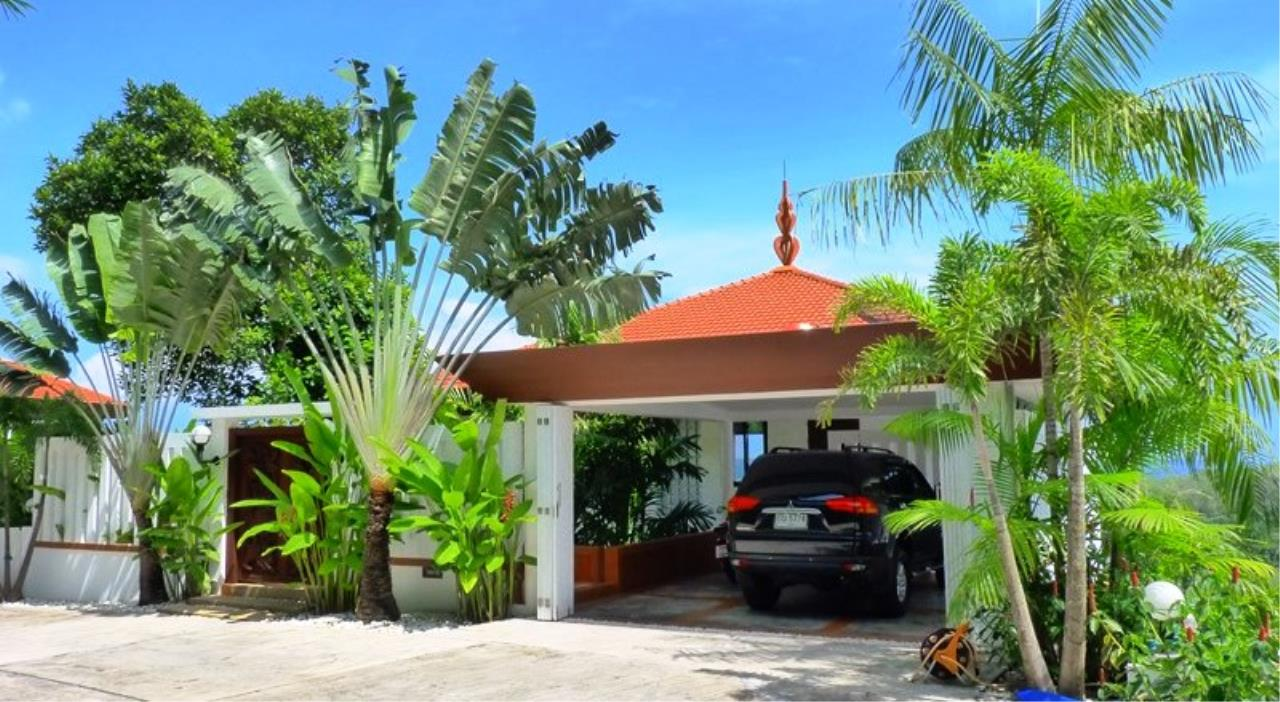 REAL Phuket  Agency's Grand Cru - Exclusive 3 Bedroom Pool Villa overlooking Chalong Bay 4